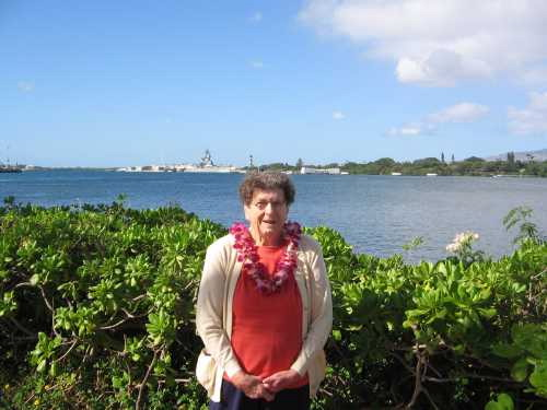 Nadine with Arizona Memorial and battleship Missouri in background