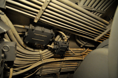 the maze of wiring running along the hull is mind blowing
