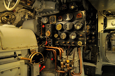 the controls in the engine room are simple and easy to follow, especially in a battle situation