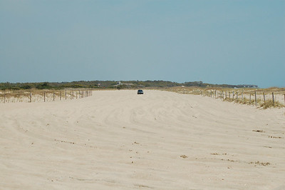 the access road to the beach