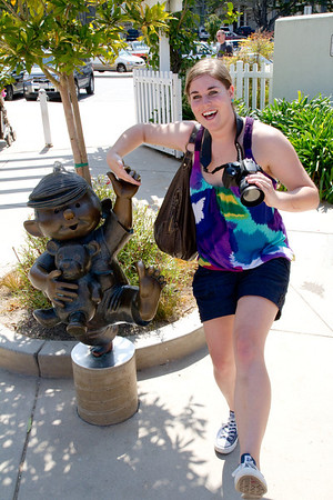 Kailee With Dennis The Menace Statue
