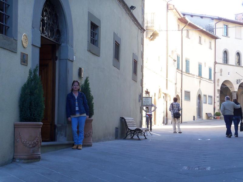 Sunday started with a short Radda walkabout.  Palazzo Leopoldo, 33 Via Roma, Radda in Chianti