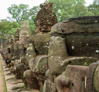 Dubai-AngkorWat (35 of 296)