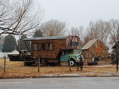 20210213-000z1-CirclevilleUT-Campers