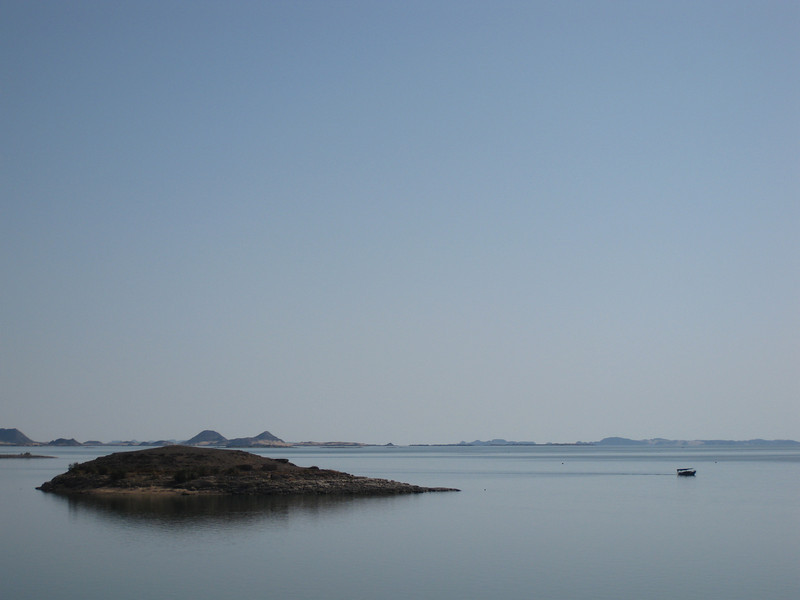 Looking away from the temples, the Nile spreads out as Lake Nasser.