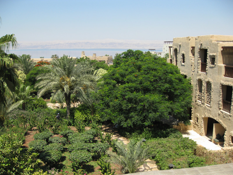 The next day, we hung out at the Movenpick hotel on the Dead Sea. Very nice hotel!