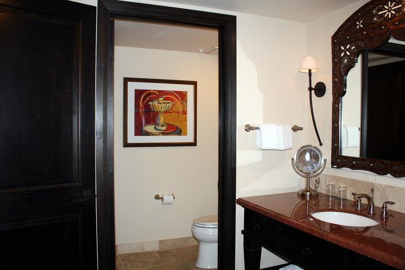 Montelucia bathroom.