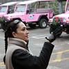 Our Pink Jeep Tour driver, Reé.  Водитель экстремал Рэй. Работает на розовом джипе и гоняет по красным камням уже 9 лет. До этого была парикмахером в Нью Джерси.