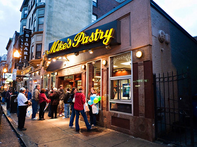 Mike's Pastry, the best Cannoli, Boston