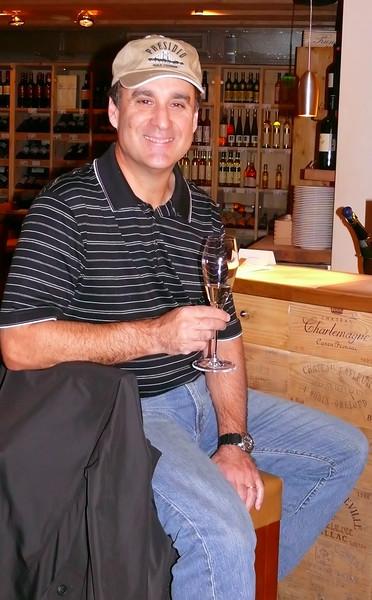 8-30-2007 Vienna - Julius Meinl Winebar - Steve