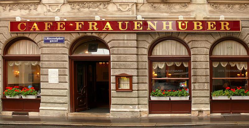 8-29-07 Vienna - Lunch at Cafe Frauenhuber