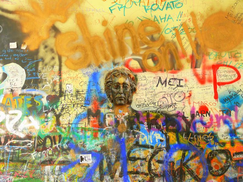 9-7-2007 Prague - Lennon Wall
