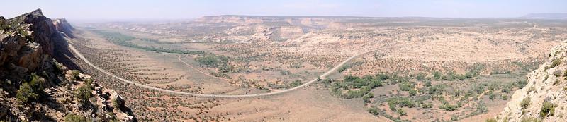 Comb Ridge and wash Panorama