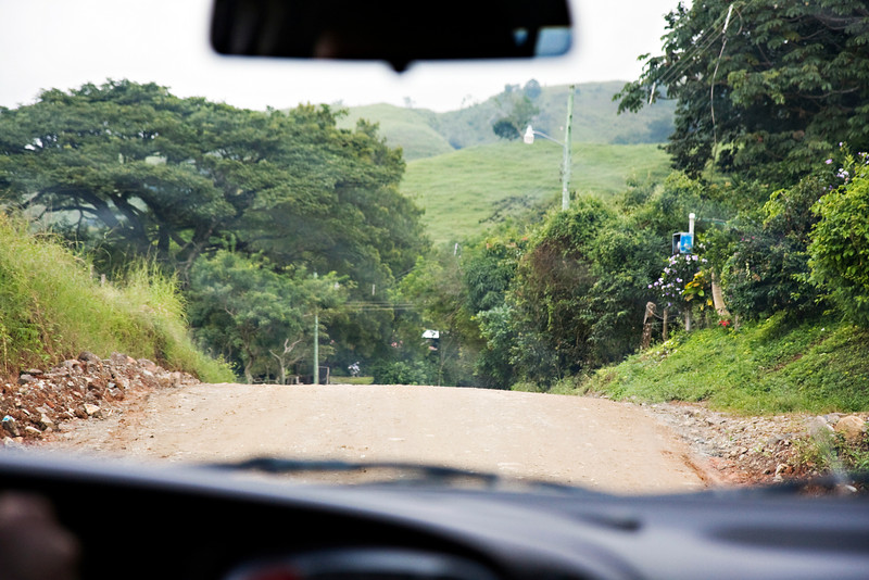 Crazy dirt roads on the way to Monteverde.