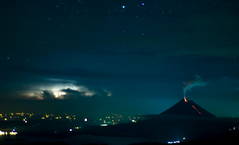 Lightning and lava, view from Mirador Lodge, Monteverde.