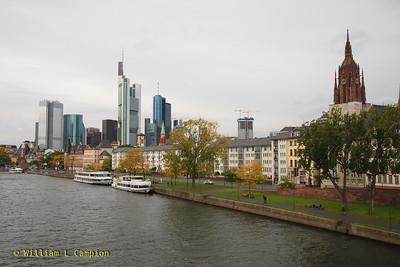Frankfurt Skyline from the Blick von der Alten Brücke