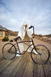 Rhyolite Ghost Town statues