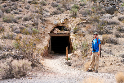 Ingo at a mine in Leadfield Ghost Town