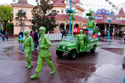 2010 - Jan - 18-24 - Family Disneyland Trip-8069