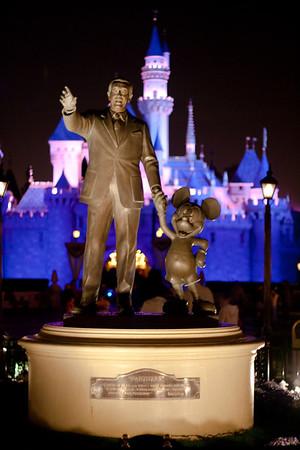 2010 - Jan - 18-24 - Family Disneyland Trip-8231