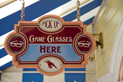 Game Glasses sign from Toy Story Midway Mania