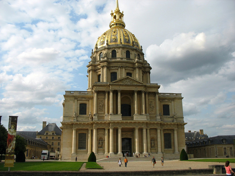Les Invalides. Created in 1670 as a military hospital for disabled & elderly soldiers by Louis XIV.  Primarily known as the final resting place of Napoleon who lies in State under the dome of the church.