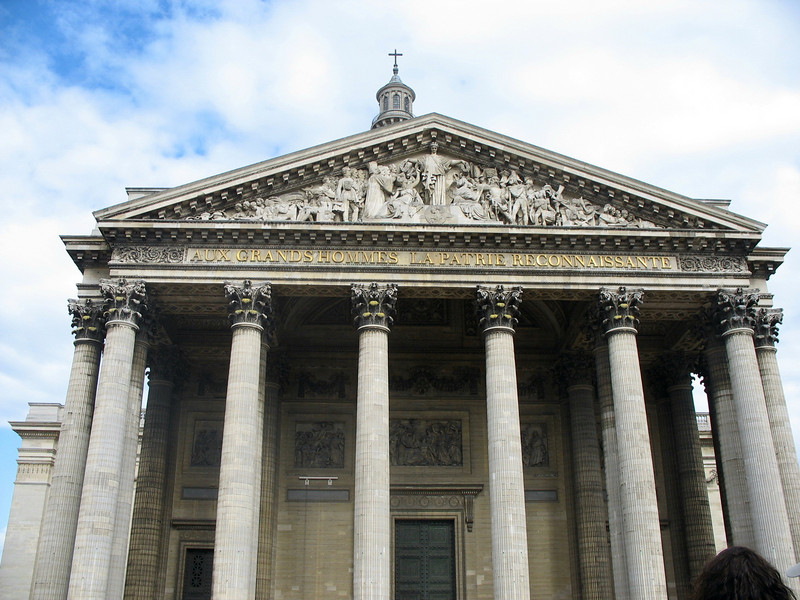 """The Panthéon. """"To great men the grateful homeland."""""""