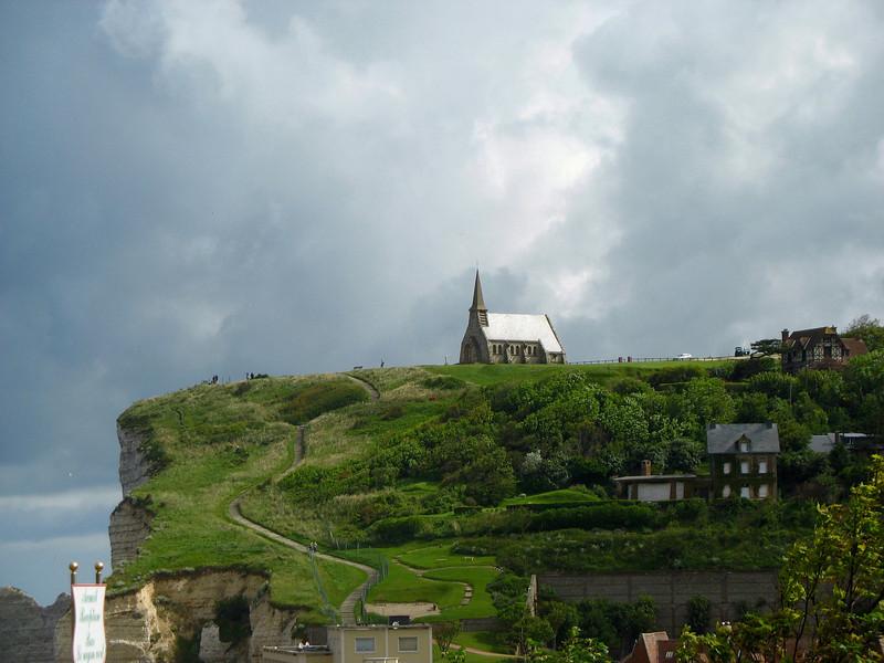 Church on the cliffs of Etretat - zoom.