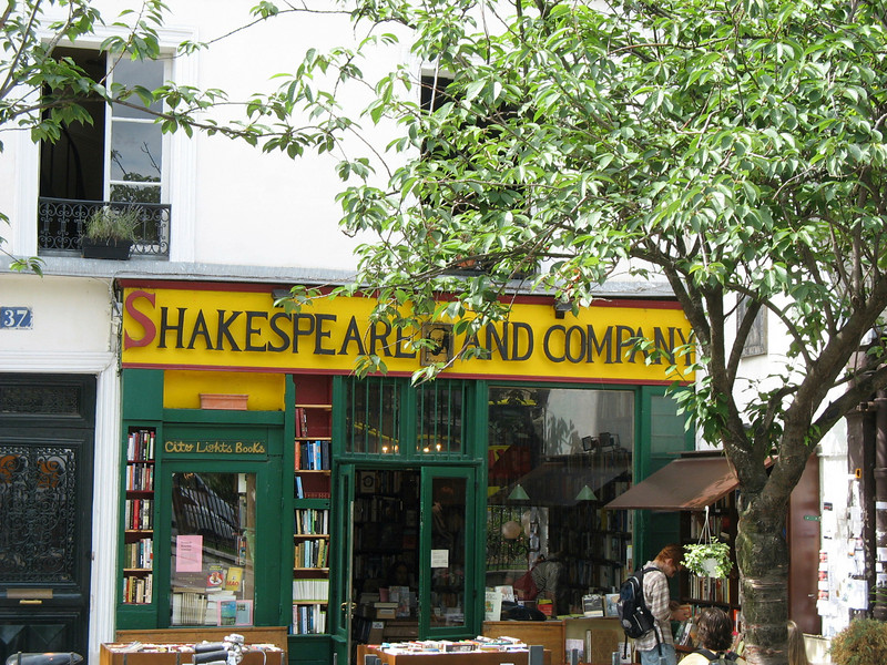 Book store near Notre Dame.