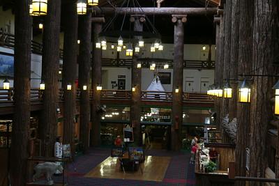 20110826 - 098 - GNP - Glacier Park Lodge