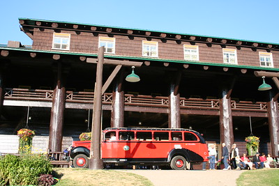 20110827 - 005 - GNP - Glacier Park Lodge