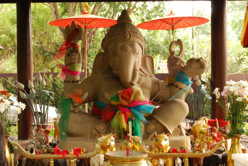 There is quite a bit of Indian influence in Thailand, due to their proximity.
