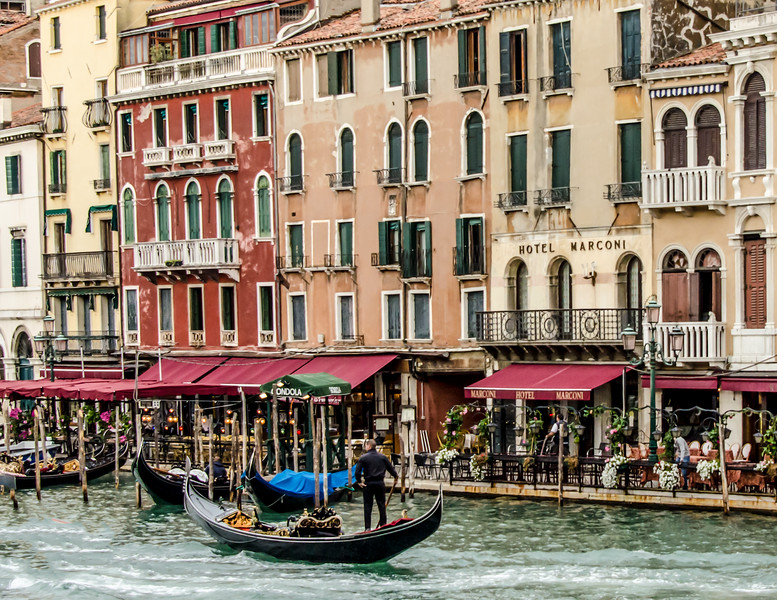 10-11-12 Along the Grand Canal