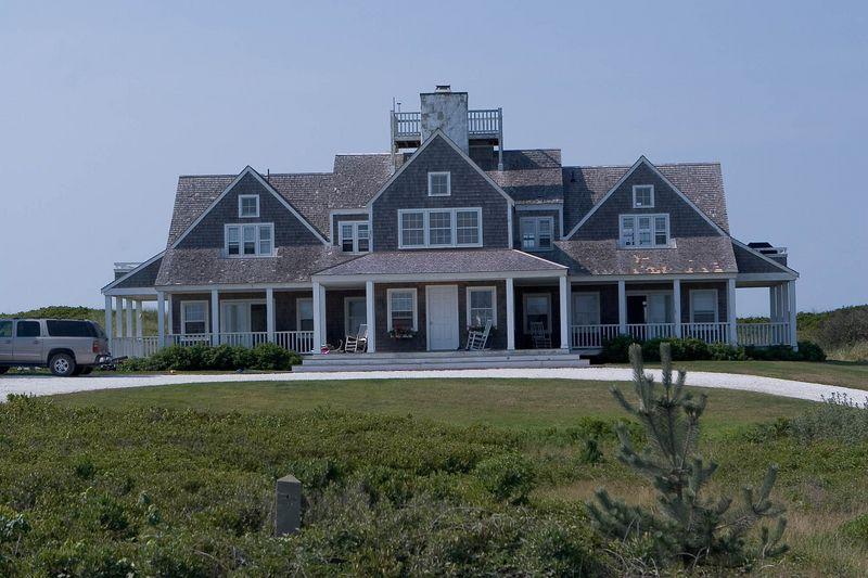 A little beach house along the beach road