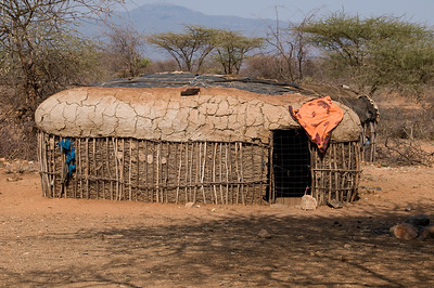 Samburu hut where the entire family of one wife lives