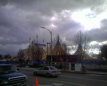 Kooza Tent