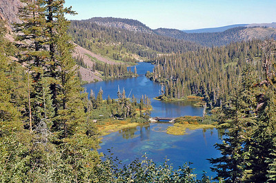 Lower Twin Lakes in Mammoth Lakes, CA.