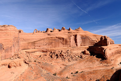 Delicate Arch and Cliffs