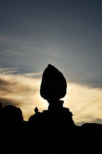 Balanced Rock Slihouette