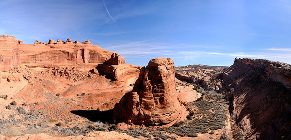 Canyon below Delicate Arch