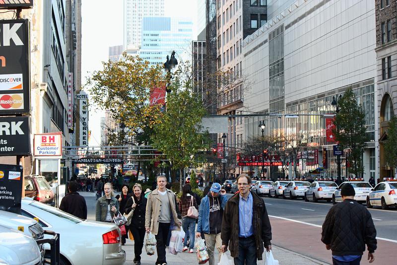 Crowds near B&H Photo store.