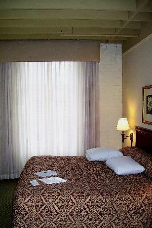 Ou room.