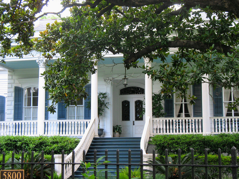 "The Garden District was settled in the 1850's by successful American entrepreneurs — the ""nouveau riche"" of the time."