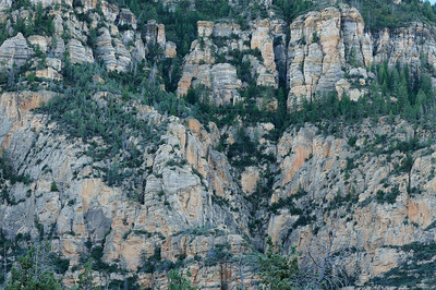 Cliffs above Bear Wallow Canyon