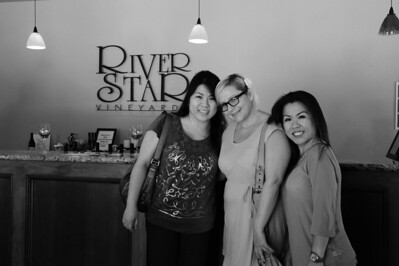 Stacy, Autumn and Mary at River Star Vinyards