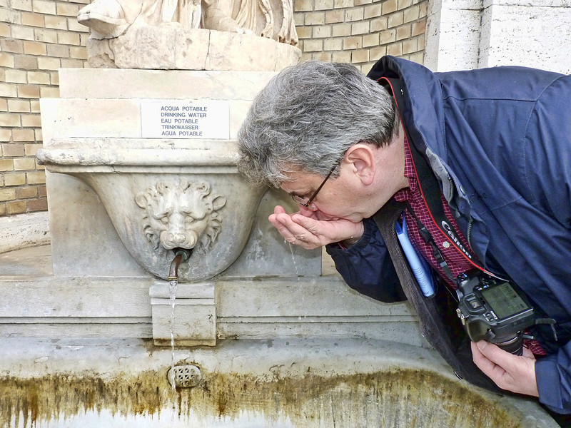 Grabbing a sip from another fountain.