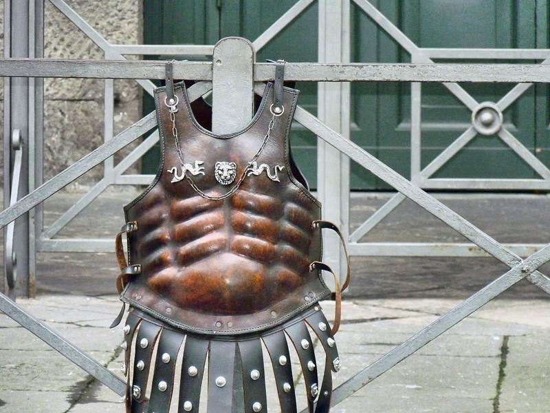 Gladiator vest near the Pantheon.