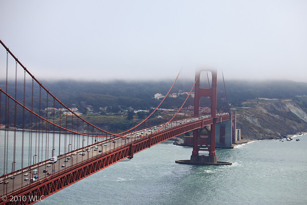 Golden Gate Bridge starting to get covered by the fog