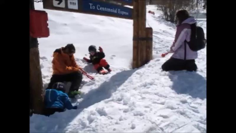Ski2015_Snowballs