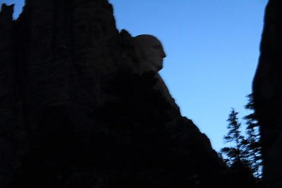 20140518-001-MtRushmore-Sunrise